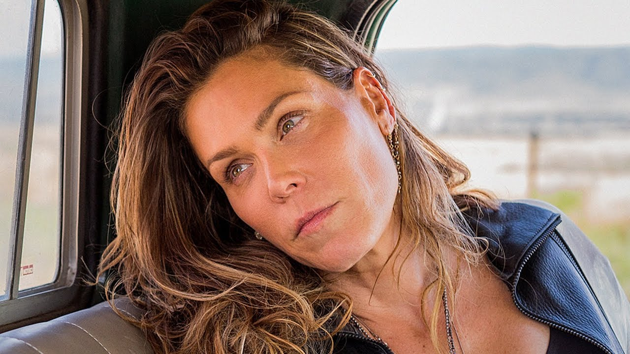 Beth Hart - Bad Woman Blues (Official Music Video)
