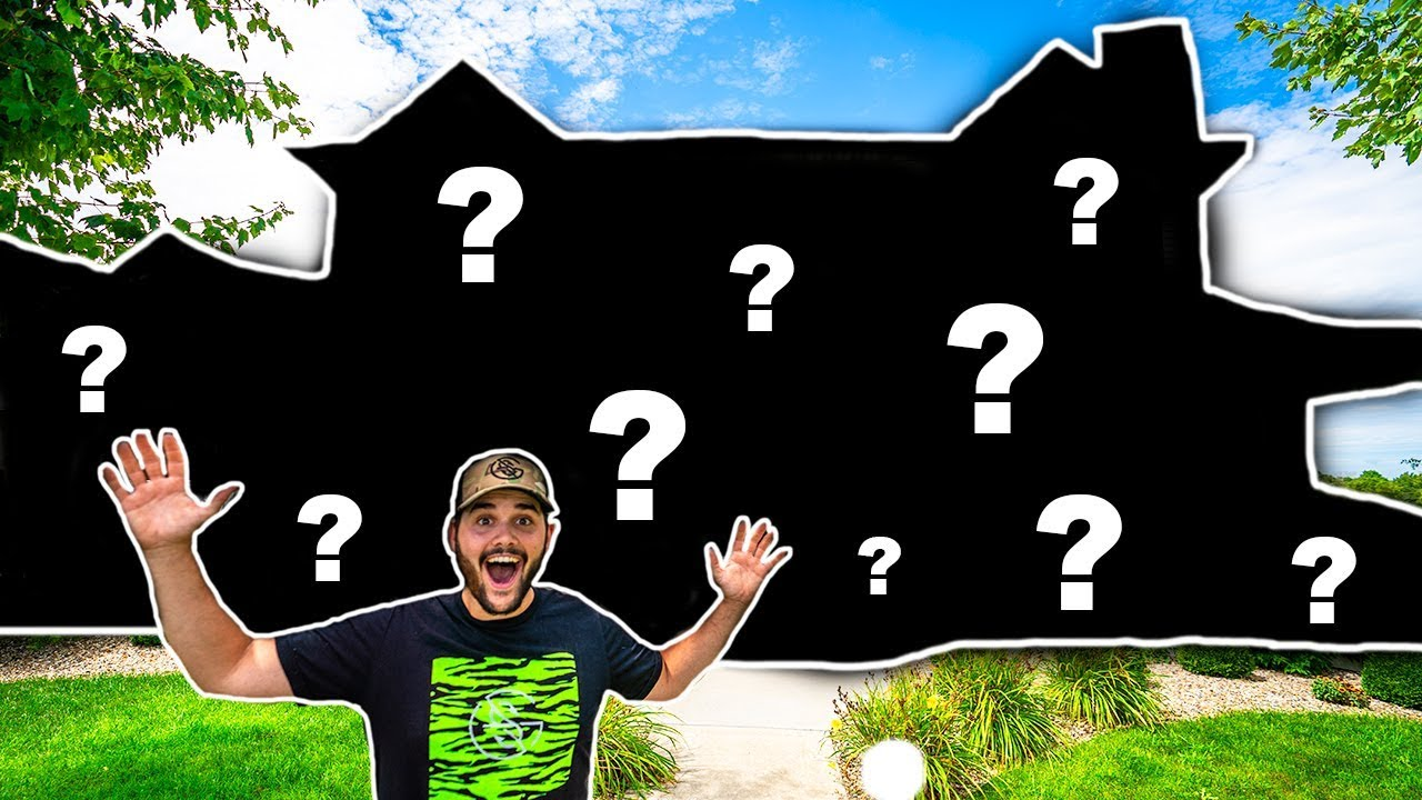 I BOUGHT MY DREAM HOUSE!!!! (Backyard Pond + 80 Acres of Land!)